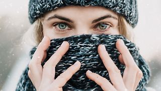 7 essential winter eye care tips